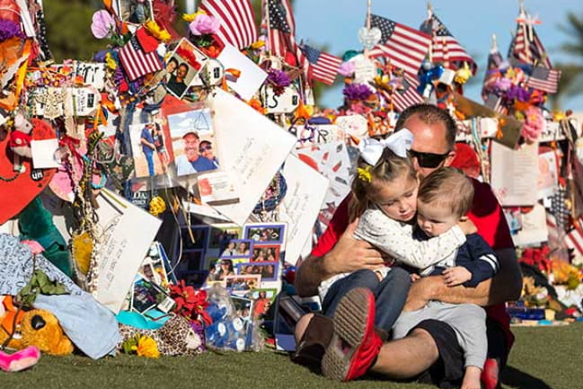 Memorials to Grieve Victims of Las Vegas Shooting